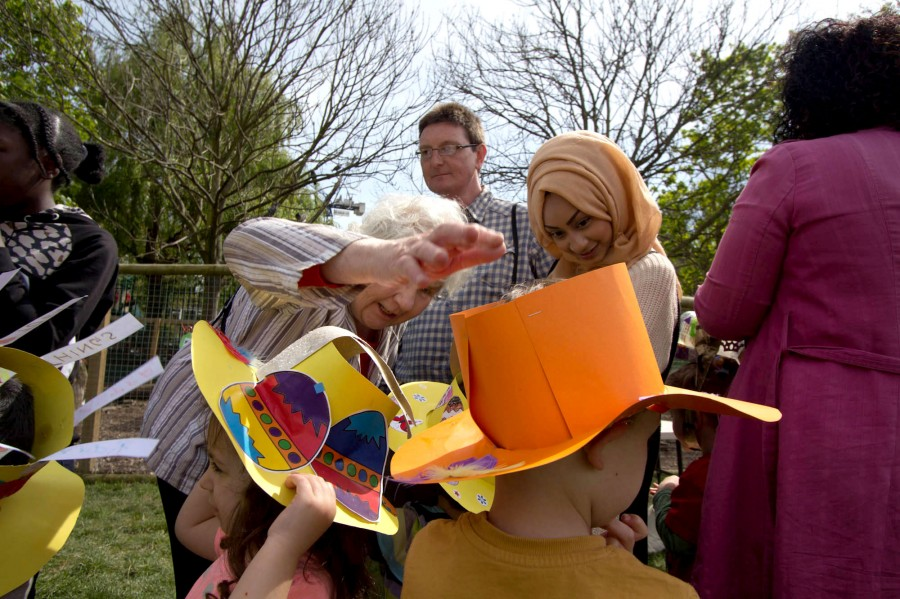 Bonnets came in all shapes, sizes and colours.